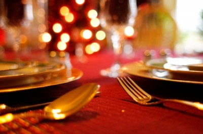 A Festive Holiday Dinner Table